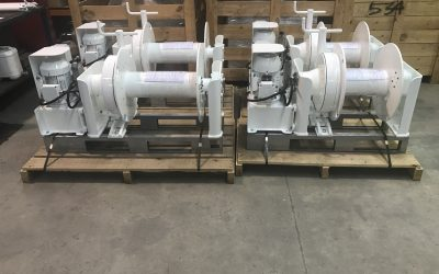 5 x 1500 series windlasses to China